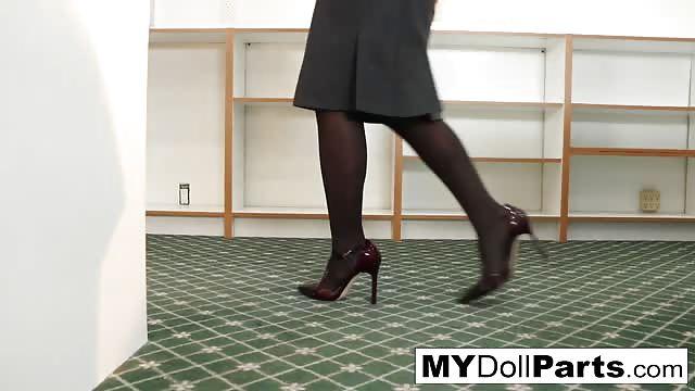 Boss Kayla makes her employee Marica worship her feet
