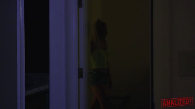 Iris Rose Is A Psycho Anal Ex Girlfriend